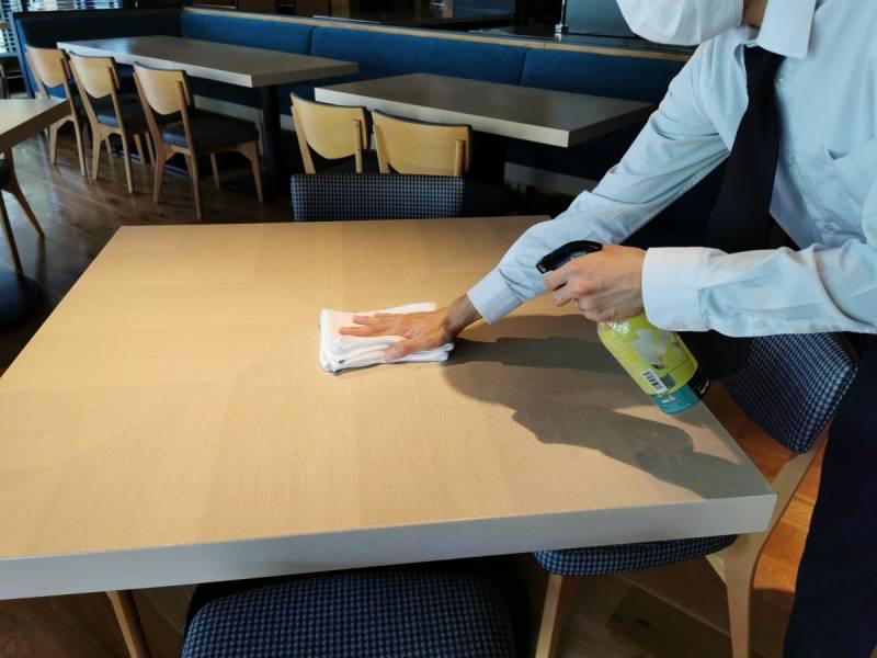 テーブルアルコール消毒